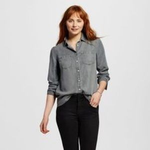 Merona • Gray Chambray Button Down